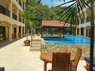 Apart Hotel in Coco Beach - Walk from the beach, Playas del Coco