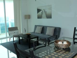 Luxury 2 Bedroom Apartment wiith Bay View, Miami