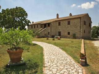 Countryhouse (sleeps 10+3) with swimming pool, Amelia