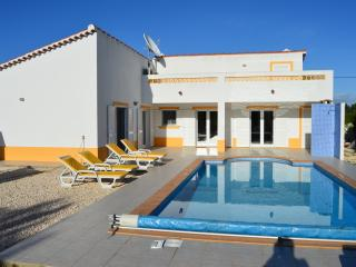 modern, Luxury 3 bedroom villa in Vale da Telha