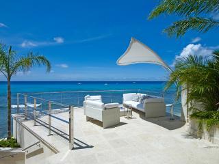 Six bedroom five and a half bathroom luxury villa, Prospect