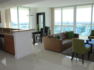 Beautiful 2 Bedroom Apartment in Brickell, Miami