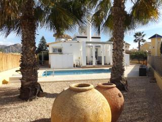 Villa Oriental- Exec Villa sleeps 3, Pool. Maz.CC, Mazarrón