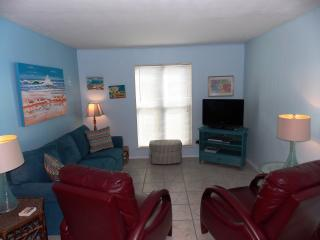 Mustang Isle Condo - Winter Texans Welcome, Port Aransas