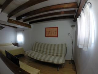Estudio-Torre CADIZ casco antiguo 4º sin ascensor, Baeza