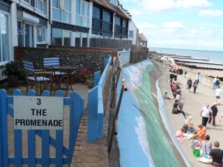 Stunning 4****Sea-Front Location 3 The Promenade., Sheringham