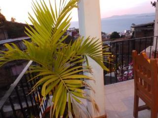 PV Sunset Inn Apt #9, Puerto Vallarta