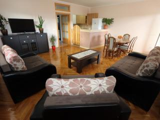 Apartment Pax (4 Persons)