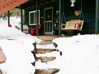 Cozy Hill Haven, Idyllwild--WINTER WONDERLAND IDY!