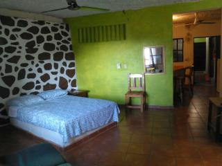 PV Sunset Inn Studio Apt #4, Puerto Vallarta