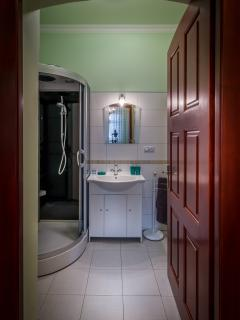 Shower and WC room