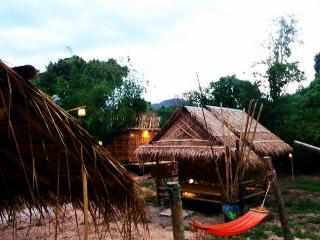 Live in thai way. Live in my hut. A, Ao Luek