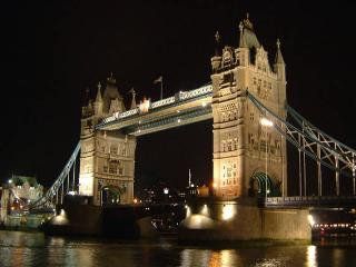 Gorgeous 2 bed flat, TOWER BRIDGE, London