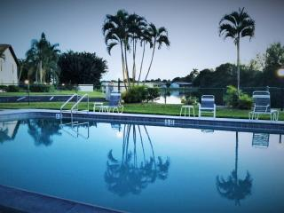 Immaculate1Bed/1Bath Condo in Prime Vacation Area, Fort Myers