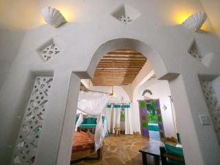 Ocean Villa Tiwi Beach