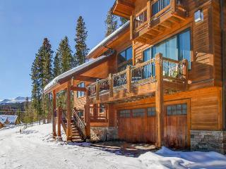 Private hot tub, epic views, minutes to mountain resorts!, Breckenridge