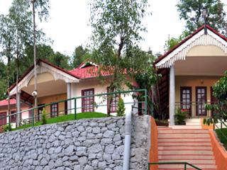 Kerala Balmy Tranquil 3 Wayanad double bed villa, Kalpetta