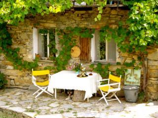 Belle maison de hameau au calme dans la nature., Carpasio