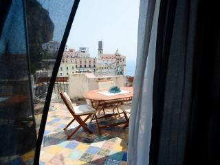 Casa Marina, incantevole terrazza vista mare, Atrani