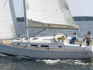 Hanse 370 'Lagavulin' | Navigare Yachting, Donji Seget