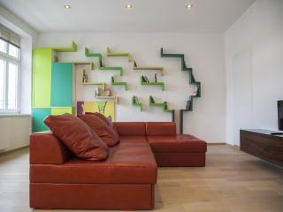 Design Apartment Center + Parking, Liubliana