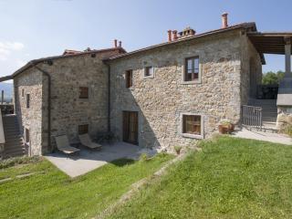 Appartamento Trilocale con piscina Gli Orzali, Firenzuola