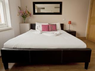 Hampstead Suites, London