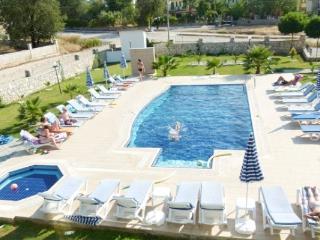 Fethiye Hisaronu 3+1 Shared Pool Apart 1525