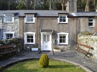 Ivy Cottage at Tremadog ideal base for Snowdonia.