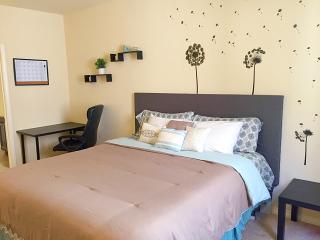 Cozy Private Luxury Master bedroom w/ Private bath, Los Ángeles