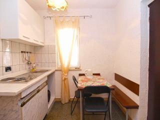 Apartment 2571