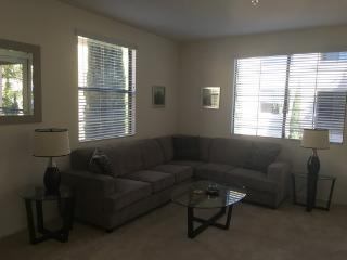 Deluxe 2br at The Americana in Glendale