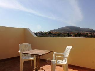 Large 4 bed house, Corralejo