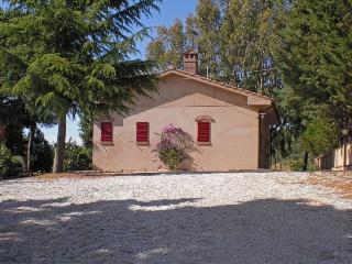 2 bedroom Villa in Castagneto Carducci, Tuscany, Italy : ref 5239194
