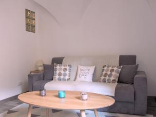 Casa Gianna - Superbe studio dans le centre de Badalucco à 10 km de la mer.
