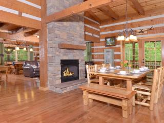 Appalachian Escape: Private/secluded 3/2 cabin between Gatlinburg & Pigeon Forge