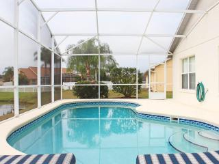DISNEY ORLANDO LAKE 4 BED LUXURY POOL VILLA