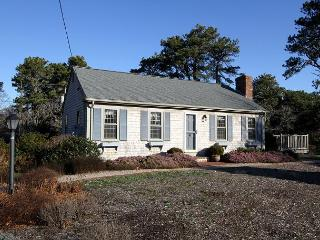 Picturesque Chatham Gem - Sleeps 6