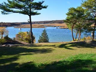 Annisquam Singing Pines: Private riverfront setting & tidal dock., Gloucester