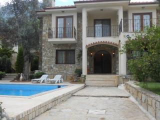 Fethiye Hisarönü 4 + 1 özel havuz ve Bahçe Villa1520