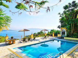 Villa Theresa Kerasia, Agios Stefanos