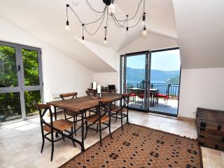 Risan, DOROTHEA apartment - a stunning penthouse