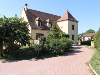 Villa clôturée avec piscine à 8 mns de Sarlat, Marcillac-Saint-Quentin