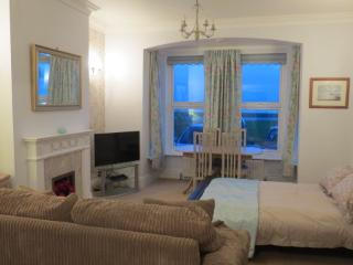 Unique Ground Floor Seafront Apartment, Worthing