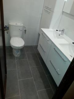 New double sink in main bathroom