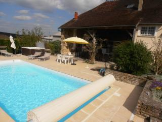 Le Clos du Trait, Roffey near Chablis, Burgundy