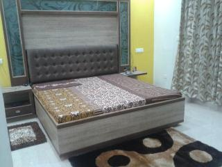 SUPER DELUXE EXECUTIVE WITH DRESSING ROOM & BALCONY