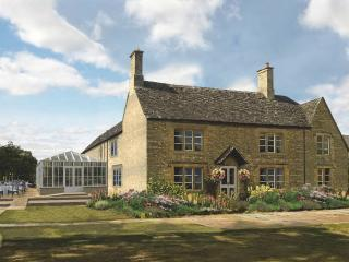 The Farmhouse, Cassington