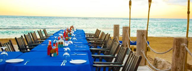 Spend the evening dining on the shores of Bamboo Blu Restaurant. 4 minutes drive from property.
