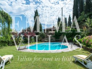 Wonderful 3 Bedroom Vacation House in Tuscany, Montevarchi
